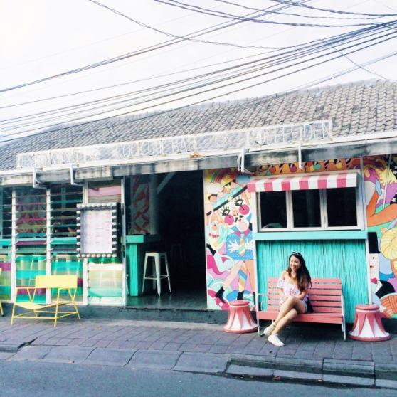 Sea Circus Cafe 1
